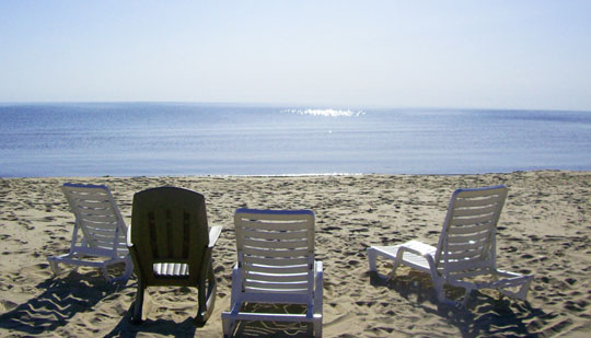 beachchairs_summer